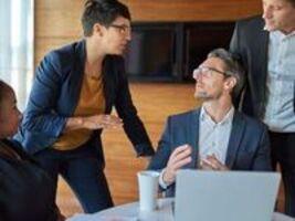 Phải làm sao khi bạn phải quản lý nhiều kiểu nhân viên khác nhau?