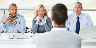 Câu hỏi nào giúp đánh giá được năng lực quản lý của ứng viên?