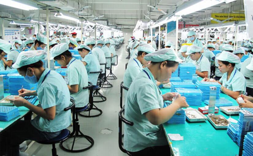 Nhận gấp 55 Nam đóng gói sắp xếp thùng sữa bánh kẹo lương ngày siêu thị Big C